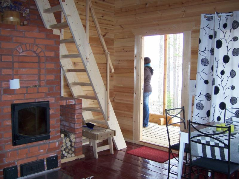 separate sauna building (with fireplace)