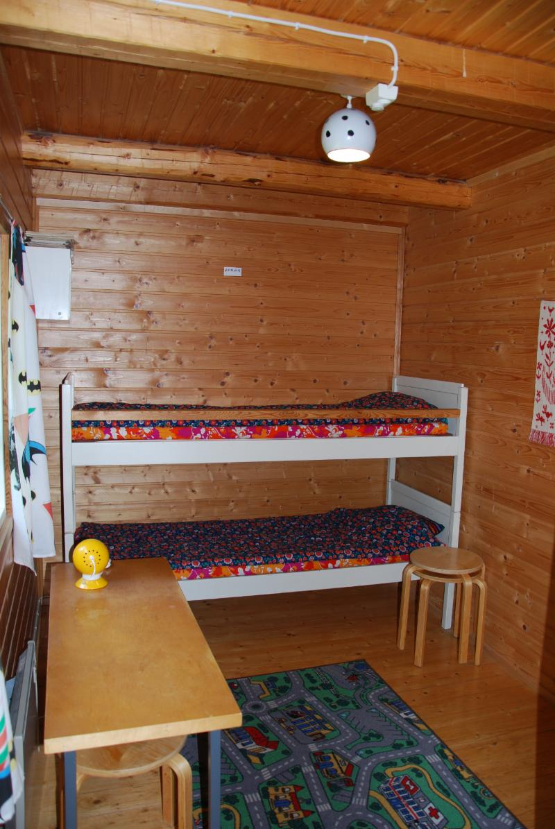 bunk bed for children/youth/small adults: max. 60 kg, 180 cm
