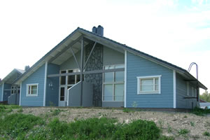 AURORA 1, 58.5 m² + parvi 13 m², 6-8 henkilöä