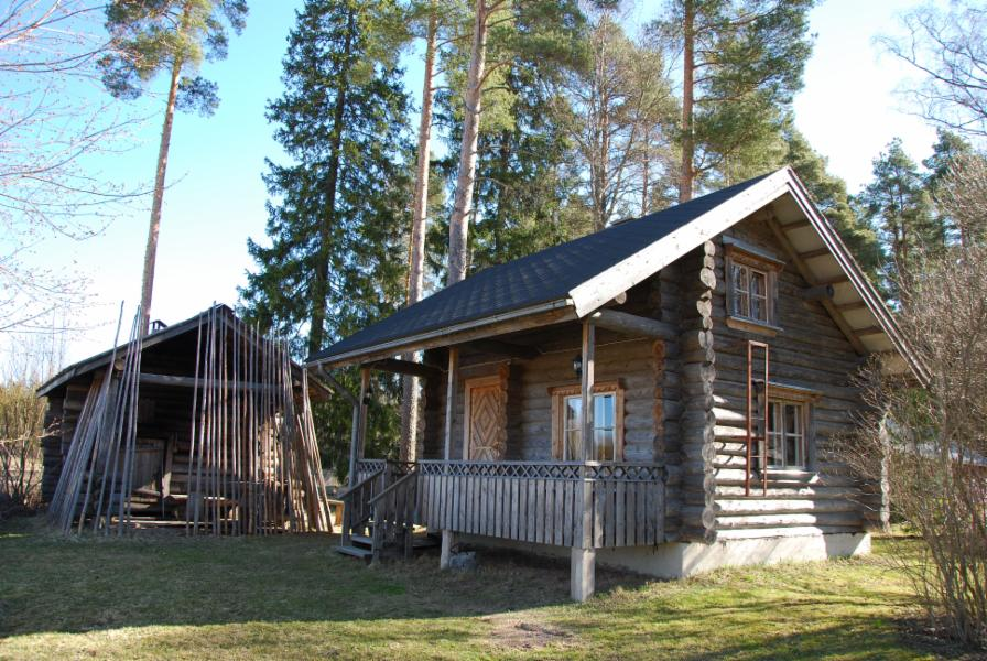 small cottage and/or smoke sauna bookable with extra charge