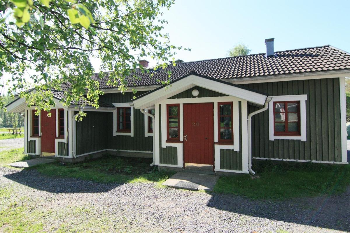 Holiday bungalow with sauna for six