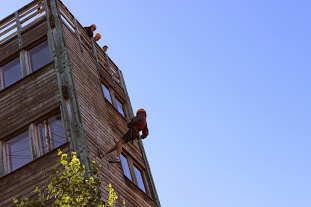 Abseiling (summer season)