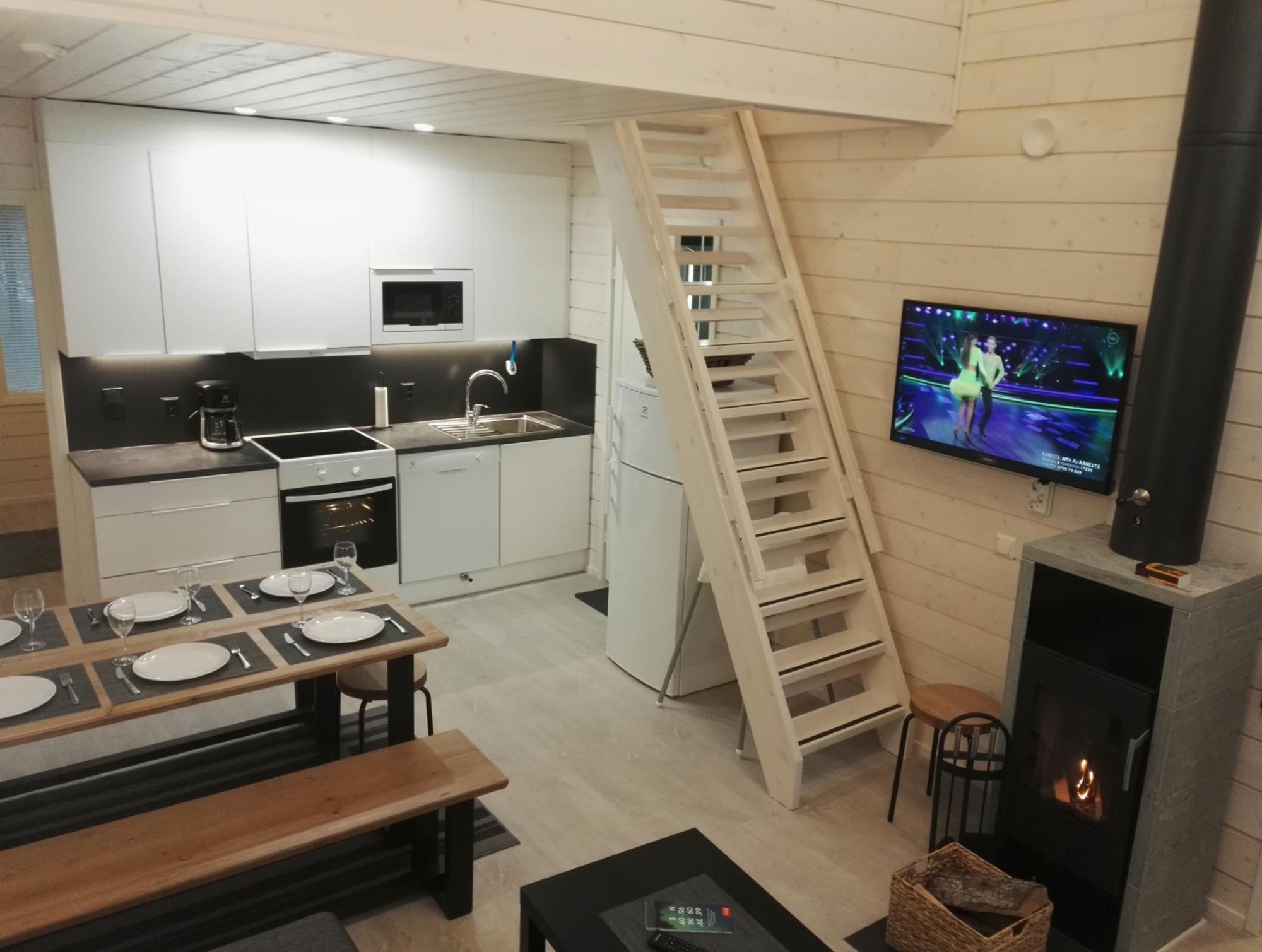 Rukantrio A 47+30 m2 (7 pers.)East-Ruka Vuosseli