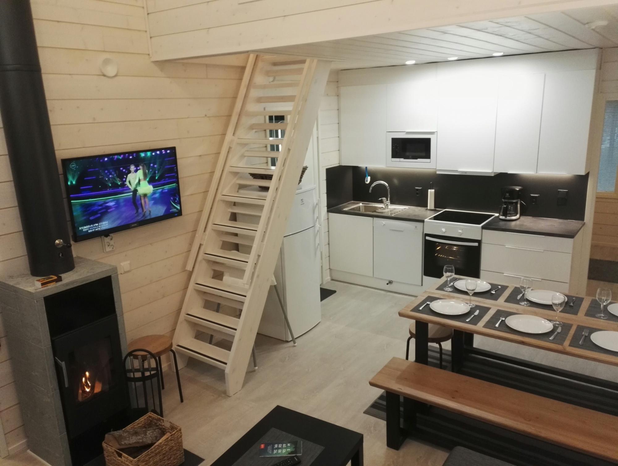 Rukantrio C 47+30 m2 (7 pers.)East-Ruka Vuosseli