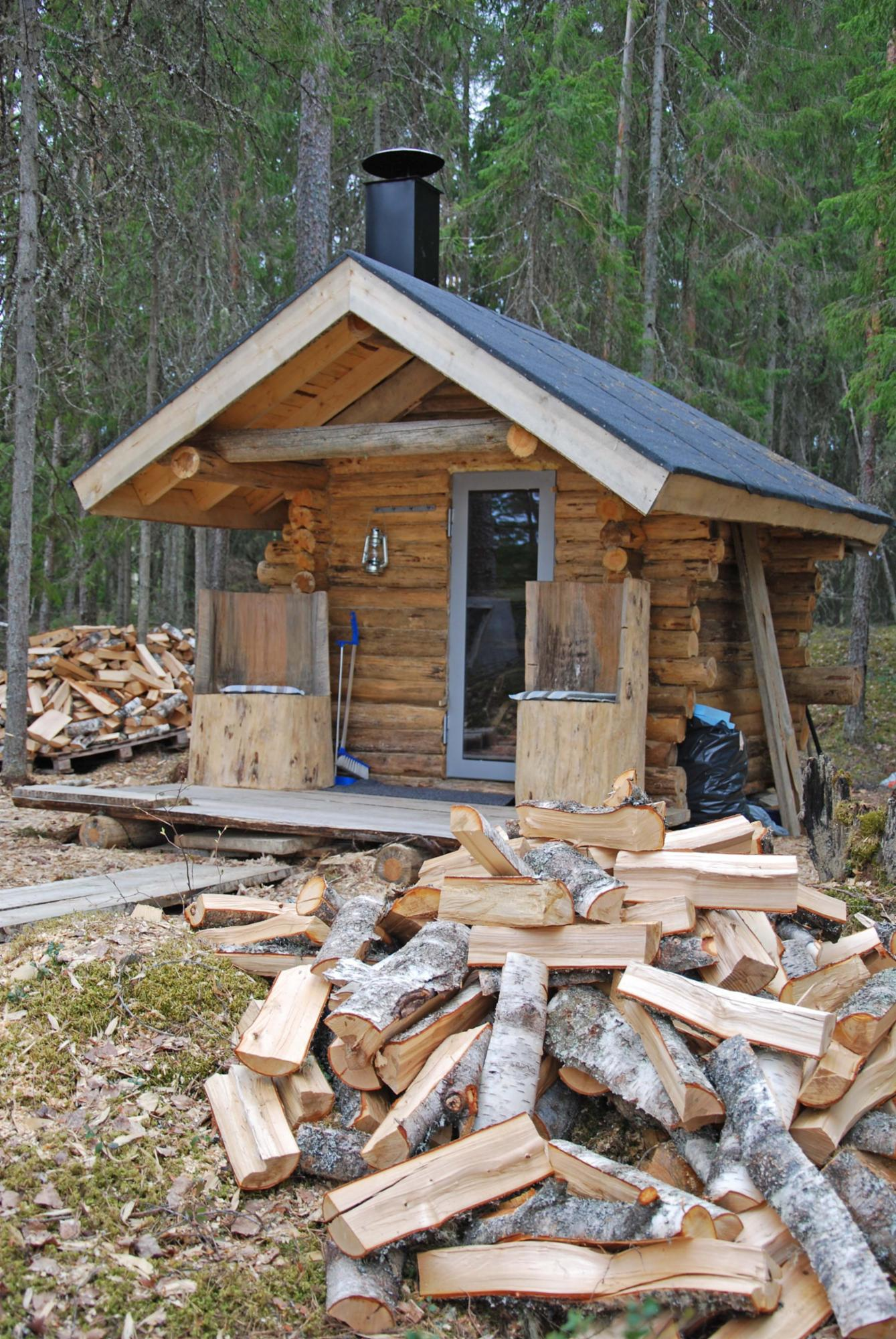 Forest lean-to and sauna